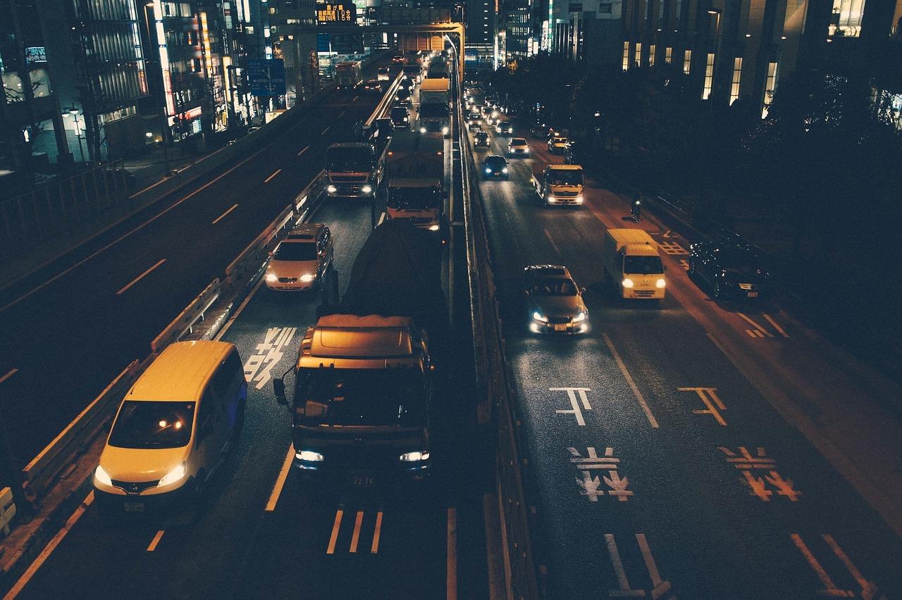 traffic-690548_1280